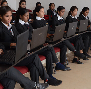 IBMR Students Classroom